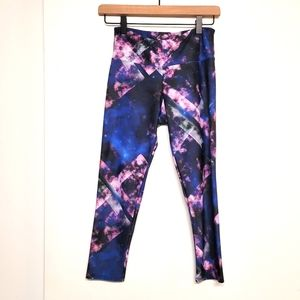 Onzie cropped work out pants size XS